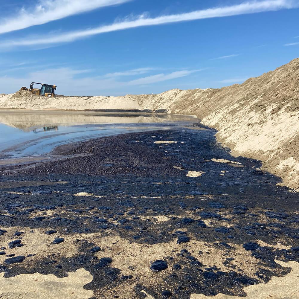 Disastrous Oil Spill on Orange County Beaches